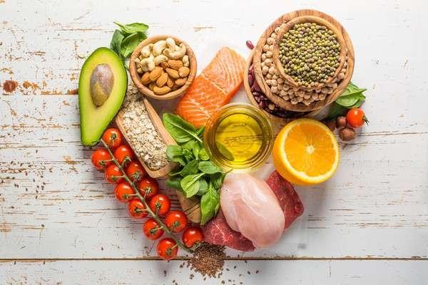 Benarkah Mengatur Pola Makan Sehat untuk Mencegah Jerawat