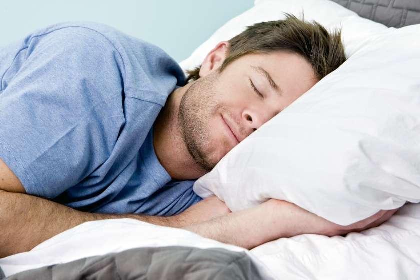 Lakukan Beberapa Hal Ini untuk Tidur Nyenyak Saat Diet