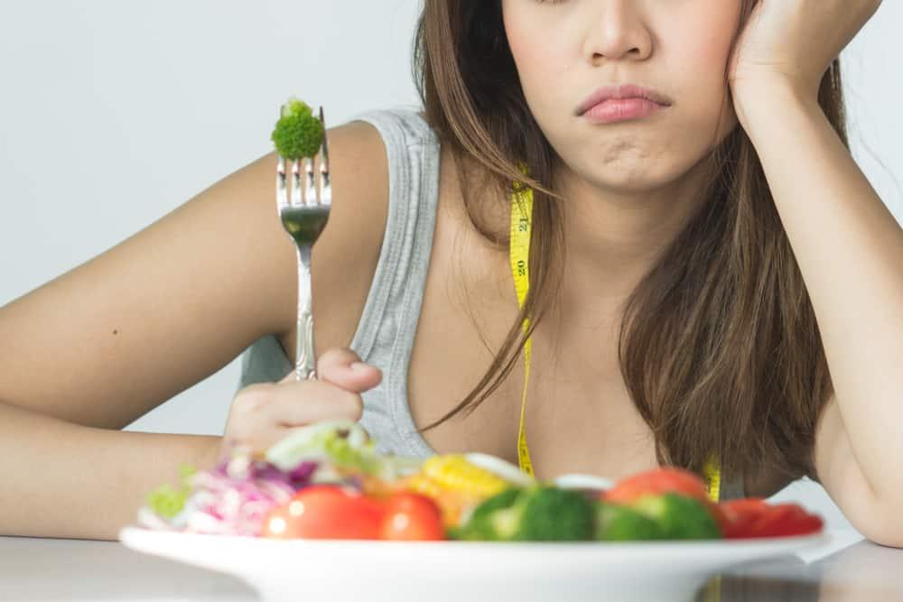 Mitos-Mitos Seputar Diet Penurunan Berat Badan